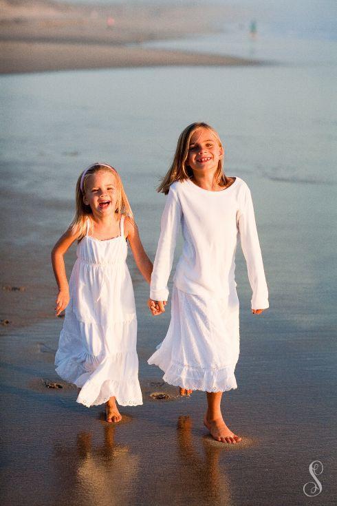Portraits by Shanti / Shanti Duprez / Siblings / Sisters / Beach / Half Moon Bay / Fall / Low Tide