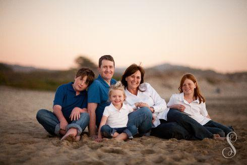 Portraits by Shanti / Shanti Duprez / Half Moon Bay / Roosevelt Beach / Sunset / Family Portraits